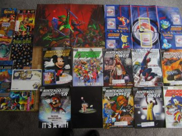 Nintendo Power Lot Picture 6